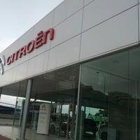Photo taken at Citroen Automóviles Goaz by casabermejatony on 4/4/2013