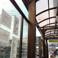 Photo taken at 品川駅港南口バスターミナル by Akemi on 10/30/2012
