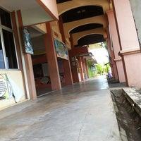 Photo taken at Sekolah Kebangsaan Kompleks Seberang Takir by P@eh on 7/2/2013