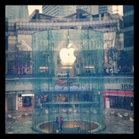 Photo taken at Apple Store by LK154 on 3/19/2013