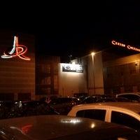 Foto tomada en Centro Commerciale Parco Leonardo por Saretta R. el 10/21/2012