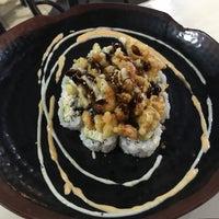 Das Foto wurde bei Oshima Japanese Cuisine (in H-Mart) von Tiffany Huan Q. am 5/14/2017 aufgenommen