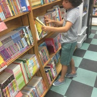 Photo taken at Browseabout Books by Jared on 6/11/2017
