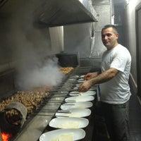3/1/2013 tarihinde Kadir K.ziyaretçi tarafından Seçkin Restaurant'de çekilen fotoğraf