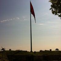 4/22/2013 tarihinde Gokhan Ö.ziyaretçi tarafından Şükrü Paşa Anıtı'de çekilen fotoğraf