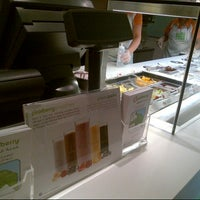 Photo taken at Pinkberry by Dalal AlSubaie on 7/17/2013