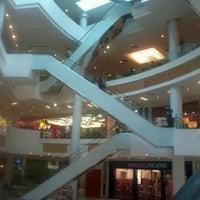 Photo taken at Boulevard Shopping by Tainah K. on 9/18/2012