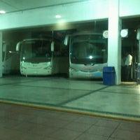 Foto tomada en Central de Autobuses por Jose Antonio B. el 10/19/2012