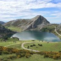 Photo taken at Posada de Valdeón by Fabrizio T. on 8/24/2014