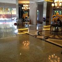 Photo taken at BEST WESTERN Tarobá Hotel e Eventos by Carla A. on 11/30/2012