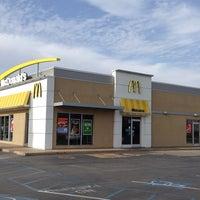 Photo taken at McDonald's by Tom V. on 12/18/2013
