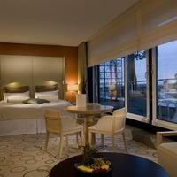 Das Foto wurde bei Sheraton Berlin Grand Hotel Esplanade von Sheraton Berlin Grand Hotel Esplanade am 9/16/2013 aufgenommen