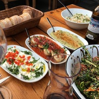 5/5/2017 tarihinde Sarah W.ziyaretçi tarafından Fes - Turkish BBQ'de çekilen fotoğraf