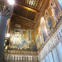 Photo taken at Duomo di Monreale by Simone Santo on 5/19/2013