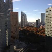 Photo taken at グローバルナレッジネットワーク株式会社 新宿ラーニングセンター by Shinta G. on 11/27/2012