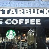 Foto tomada en Starbucks por Juan el 2/12/2013
