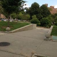 Das Foto wurde bei MacDonald Park von Mitch Z. am 8/13/2013 aufgenommen