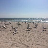 Photo taken at Esse Пляж by Keidy🎀 K. on 9/18/2014