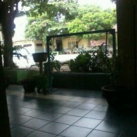 Photo taken at SMA Negeri 1 Balikpapan by _Farizy_ on 8/28/2013