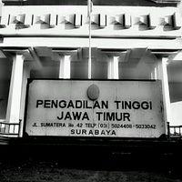 Photo taken at Pengadilan Tinggi Jawa Timur by Arie T. on 5/13/2014