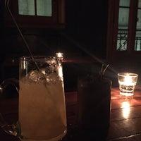 Foto tomada en SHOUT | Brasas & Drinks por Carolina B. el 12/7/2016