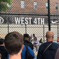 Photo taken at West 4th Street Courts (The Cage) by 🇳🇬 Olanrewaju aka Eric G 🇺🇸 on 5/28/2018