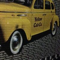 2/22/2013 tarihinde Ertan B.ziyaretçi tarafından Big Yellow Taxi Benzin'de çekilen fotoğraf