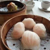 Photo taken at Kirin Seafood Restaurant 麒麟海鮮酒家 by Raymond W. on 9/25/2012