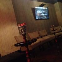 Photo taken at starbuzz hookah lounge las vegas by Roudi♍️ on 5/6/2016