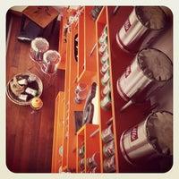 Foto tirada no(a) Puro Caffe por Luis em 3/23/2013