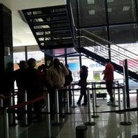 Das Foto wurde bei Banco De Chile von Miguel N. am 9/20/2012 aufgenommen