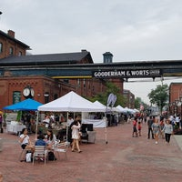 Photo taken at Historic Distillery District by Darcy on 7/22/2017