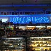 Foto tomada en La Gran Uruguaya Bakery por Edgar M. el 4/29/2013