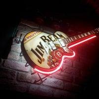 10/28/2012にEmrah A.がTudors Pubで撮った写真