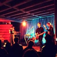 Foto tirada no(a) Doug Fir Lounge por Aris G. em 1/21/2013