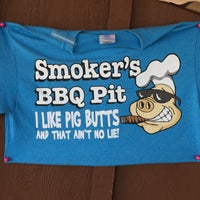 Photo taken at Smoker's BBQ Pit by Victor 🌴 M. on 8/28/2016