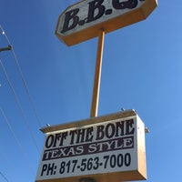 Photo taken at Off The Bone BBQ, Inc. by Frank R. on 12/18/2015