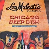 Foto tomada en Lou Malnati's Pizzeria por Frank R. el 5/14/2017