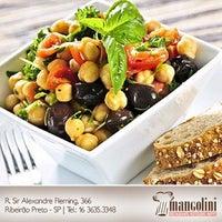 Foto tirada no(a) Restaurante Mangolini por Mangolini R. em 10/4/2012