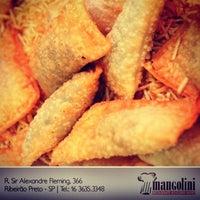 Foto tirada no(a) Restaurante Mangolini por Mangolini R. em 9/26/2012