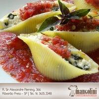 Foto tirada no(a) Restaurante Mangolini por Mangolini R. em 10/29/2012