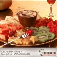 Foto tirada no(a) Restaurante Mangolini por Mangolini R. em 10/5/2012
