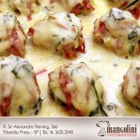 Foto tirada no(a) Restaurante Mangolini por Mangolini R. em 10/1/2012