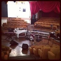 Снимок сделан в Театр «Сфера» пользователем Денис 2/5/2013