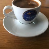 Photo taken at Çınar Cafe Bistro Kazan by Efe A. on 1/28/2018