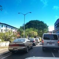 Photo taken at Avenida Bolívar by Argelio Oto M. on 1/9/2013