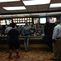 Photo taken at McDonald's by Melvin Bossman R. on 9/13/2013