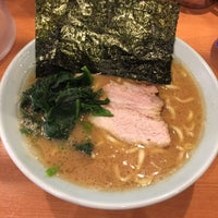 Photo taken at 横浜家系ラーメン 虎家 by 310 on 1/11/2017