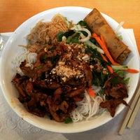 Photo taken at Saigon Bay Vietnamese Restaurant by Raphael M. on 1/23/2015