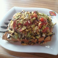 3/28/2013 tarihinde Ozan O.ziyaretçi tarafından Waffle Edem 46'de çekilen fotoğraf